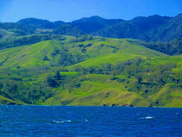 arenal volcano lake crossing