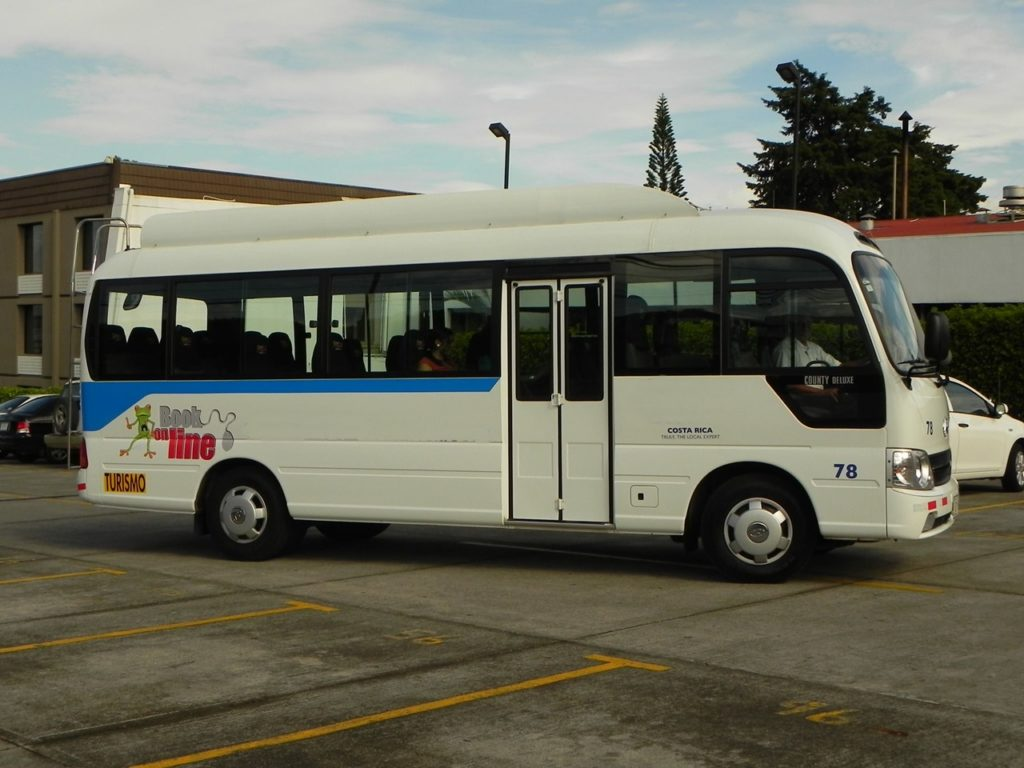 Costa Rica Shuttle & Private Transportation