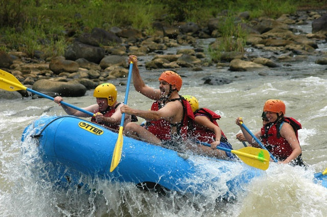 raftting near jaco