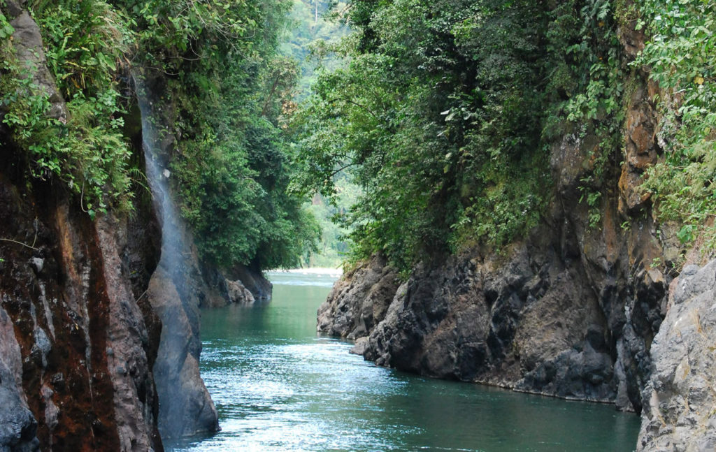 rafting-pacuare-river