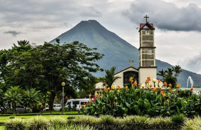 Unlimited Arenal Shuttle Pass