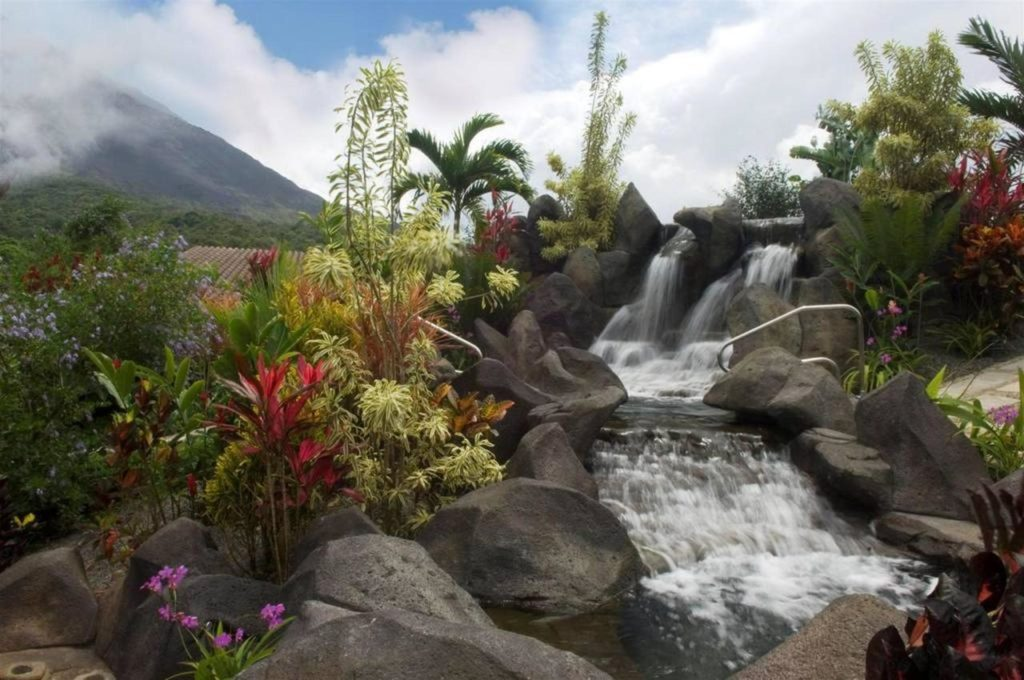 Titoku Hot Springs Arenal Volcano