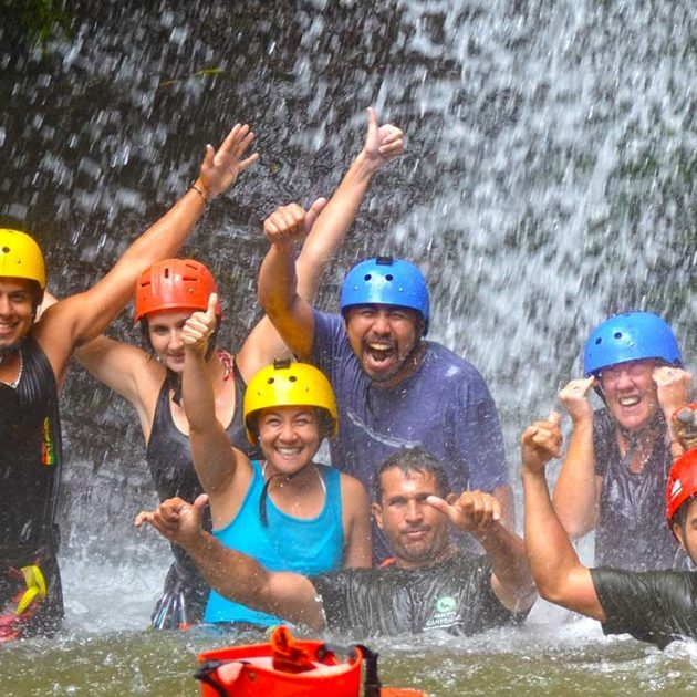 Manuel Antonio Waterfall Rapelling Canyoning