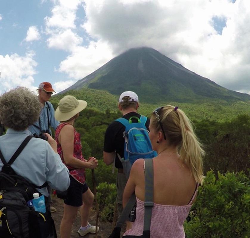 arenal-volcano-hike-tour-2-crop
