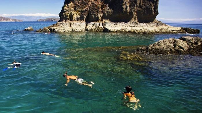 Tortuga island Tour from Santa Teresa Costa Rica
