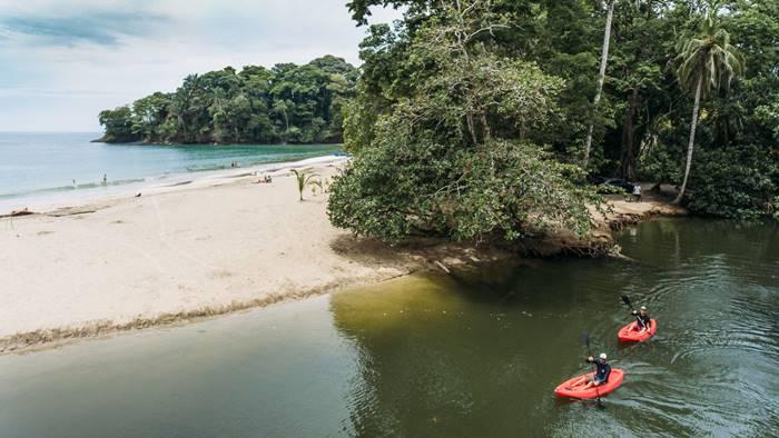 Kayak Tour puerto viejo costa rica